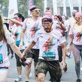 跑步,可以是一场无关输赢、肆放青春的狂欢