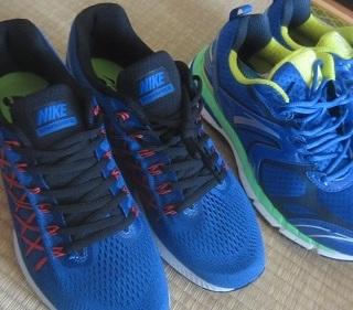 安踏 和 耐克 跑鞋