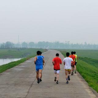2014岳阳马拉松邀请赛