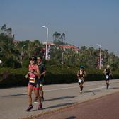 厦门 Ironman 70.3 跑步 15:00-15:19(大约2km、9km、16km处,438张)【照片按EXIF时间划分;比实际时间早8分钟】