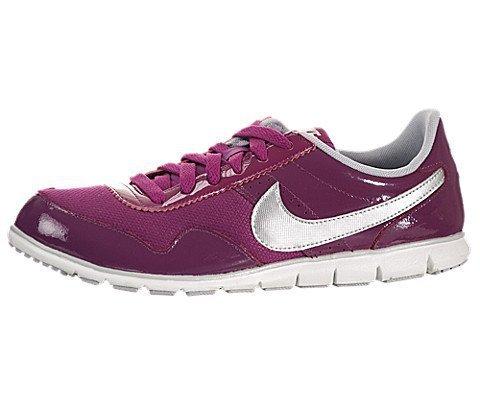 Nike 耐克 NIKE SPORTSWEAR 女 跑步鞋WMNS NIKE VICTORIA NM