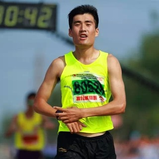 """2015""""少壮杯""""大连10公里挑战赛"""