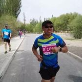奔跑的舞者在吐鲁番马拉松