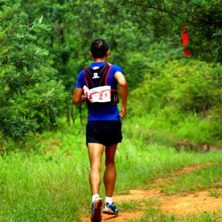 2014Salomon昆明长虫山半程山地马拉松