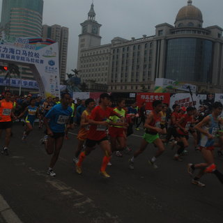 2015海口马拉松