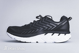 Hoka One One Clifton 4 男款