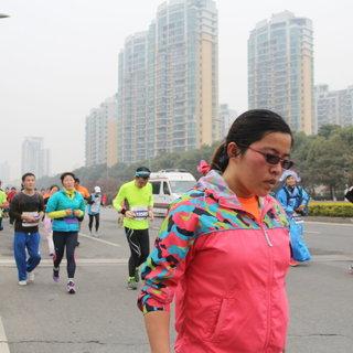 2016苏州环金鸡湖国际半程马拉松赛