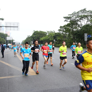 2014深圳国际马拉松
