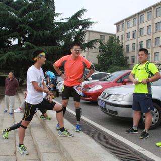 2015 旅顺樱花国际女子马拉松赛