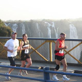 2014 维多利亚瀑布马拉松