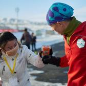2016乌鲁木齐冰雪马拉松志愿及颁奖