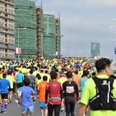 2016上海马拉松赛龙华港桥