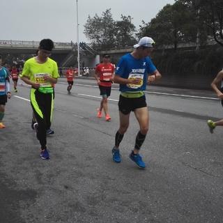 2016长沙马拉松16公里9:00-9:37