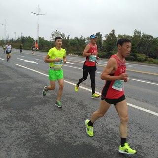 20161023泗洪马拉松.jpg
