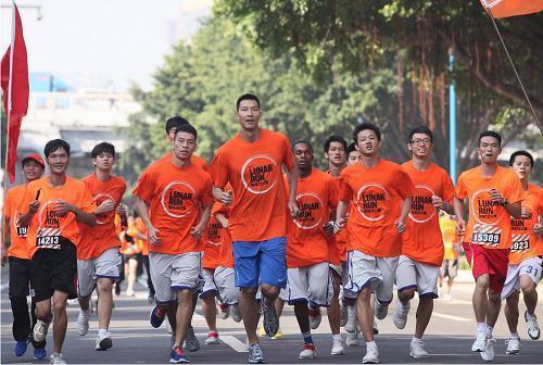 lunar run耐克10公里