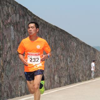 2016黄岩区首届永宁江绿道半程马拉松