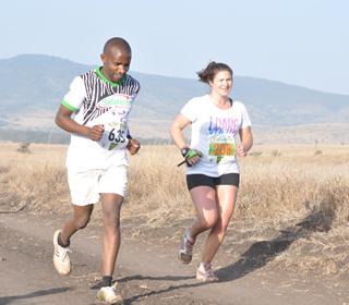 2014 里瓦野生动物保护区马拉松(Safaricom Marathon)
