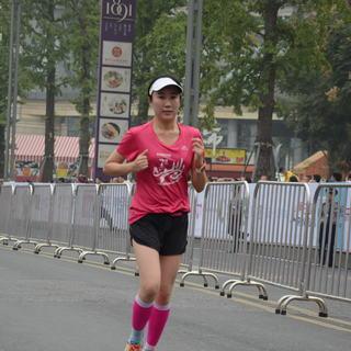 2015重庆国际女子半程马拉松赛