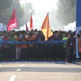 9公里欢乐跑开跑记录(徐少摄)