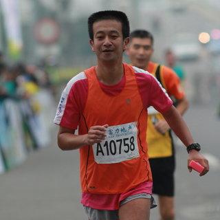 18公里 冯尚民 13:03-13:34