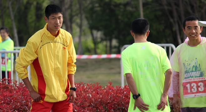 特跑族2014.4.6南京特跑汇照片分享(终点前500米处)
