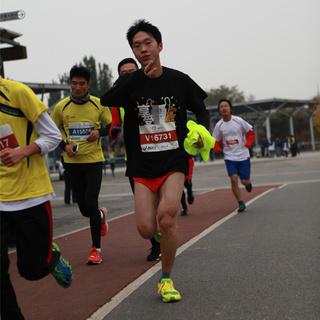 2015北京鸟巢半程马拉松