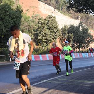 2014 西昌邛海湿地国际马拉松