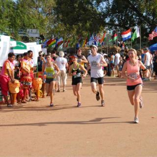 2015吴哥窟国际半程马拉松