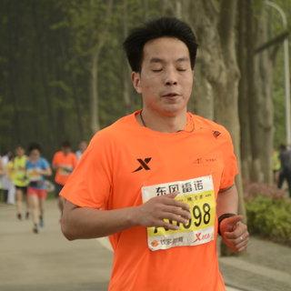 2016武汉国际马拉松